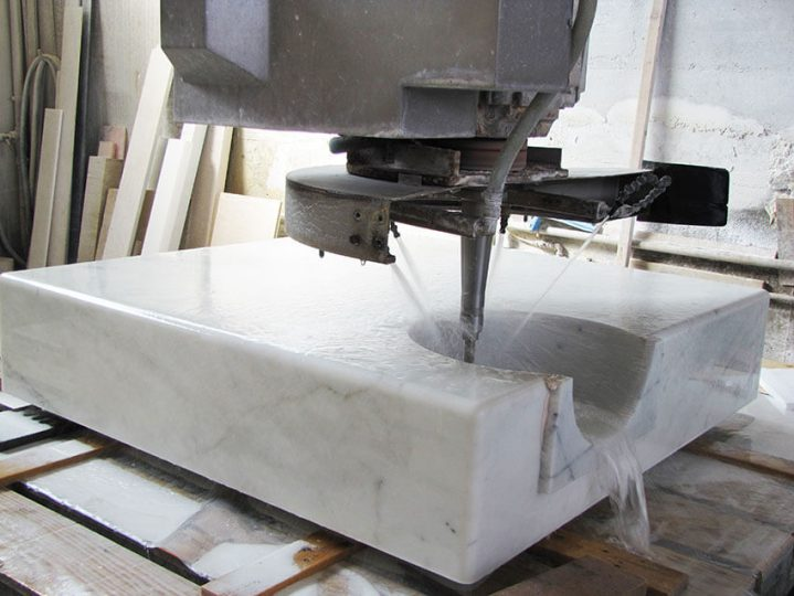 Digitalization of the form and the matching shape is CNC (computer numerical control)